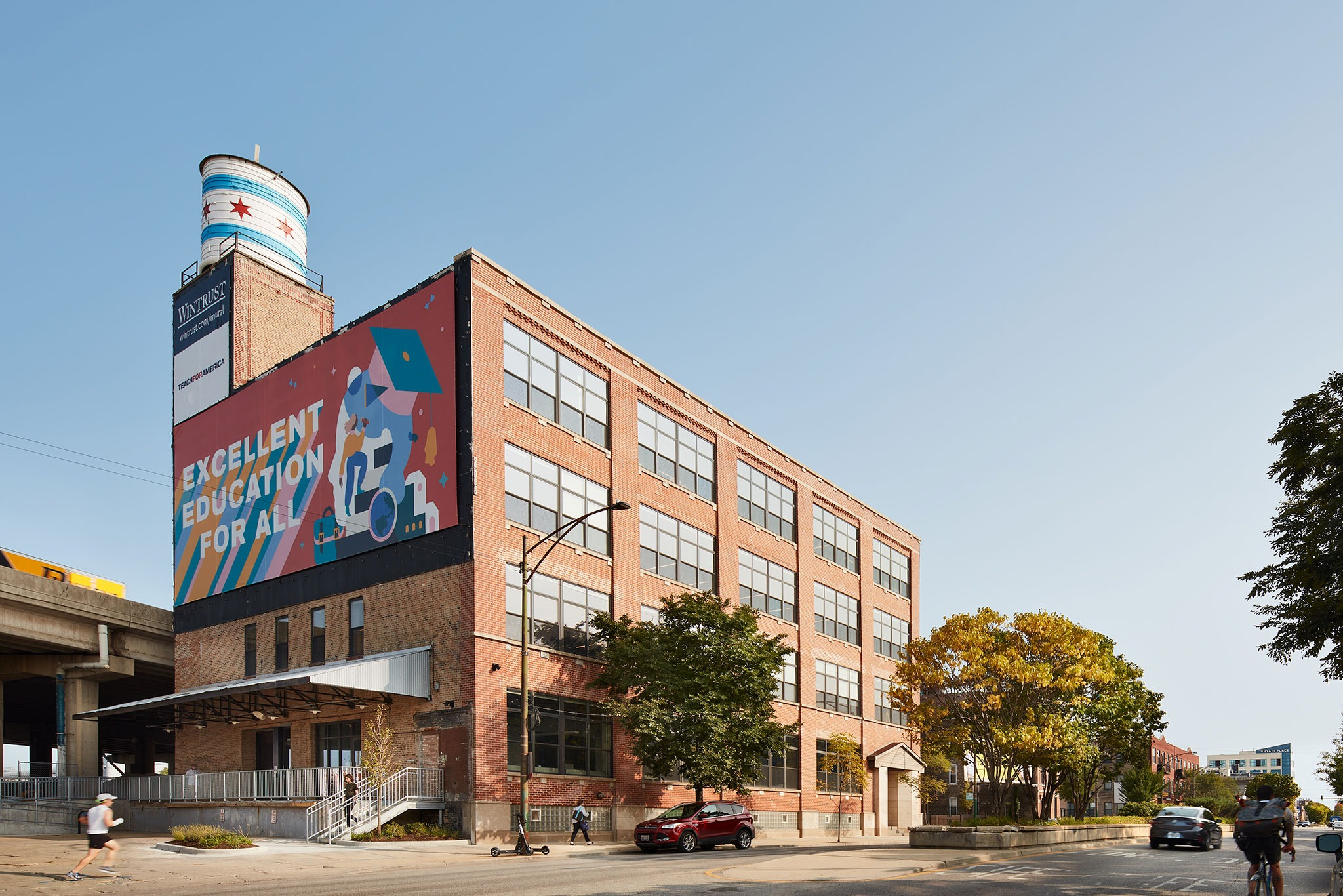 Chicago Adaptive Reuse Project Provides a Modern Refuge for People in Need