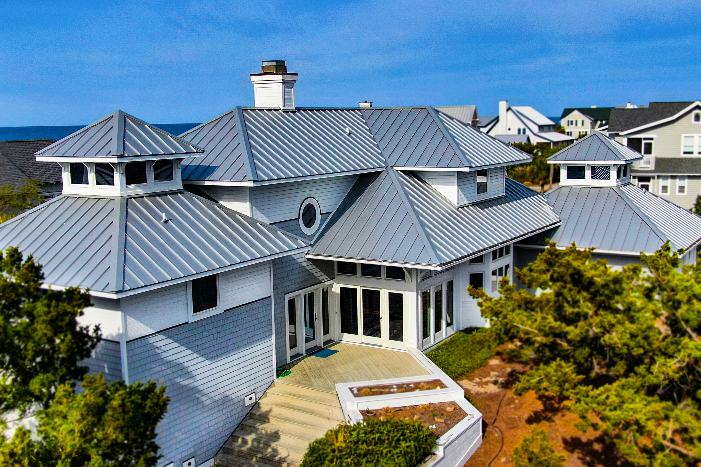A Custom Metal Roof That's Both Stylish and Durable on the Coast