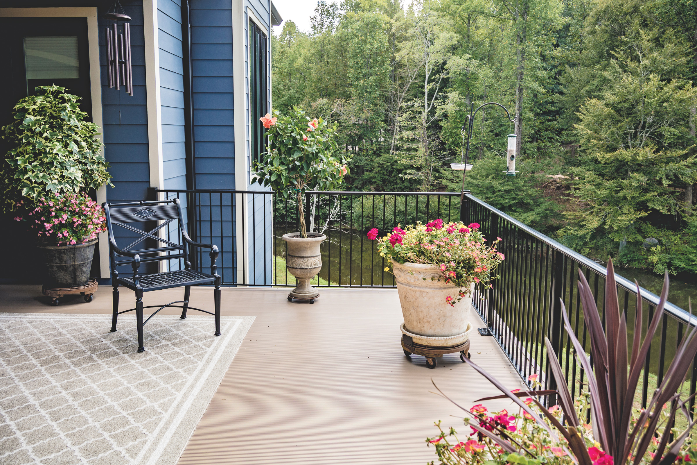 How Aluminum Decking is a More Sustainable, Low-Maintenance Choice